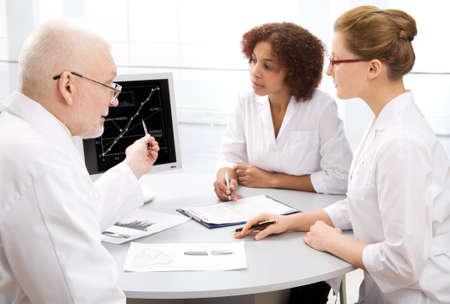 teaches: Doctor teaches a student