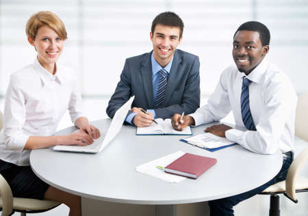 Business group meeting portrait - Business people working together. A diverse work group. Stock Photo - 19385477