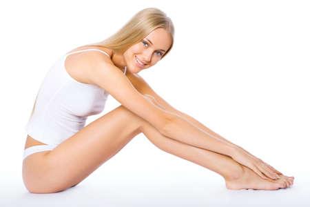 ropa interior: Fitness mujer feliz aislado sobre fondo blanco