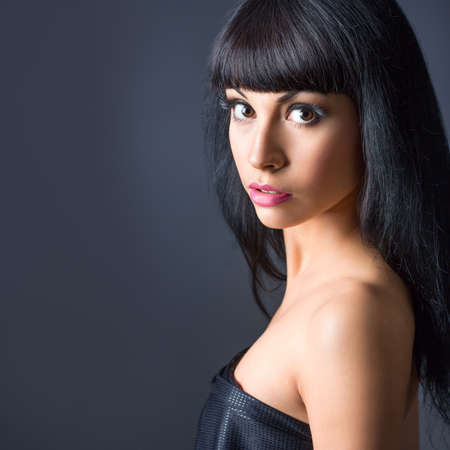 pink lips: Portrait.of beautiful fashion brunette model