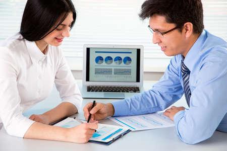 business people meeting: Business people having meeting in modern office