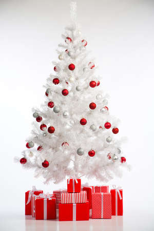 gift boxes: Christmas tree with gift boxes