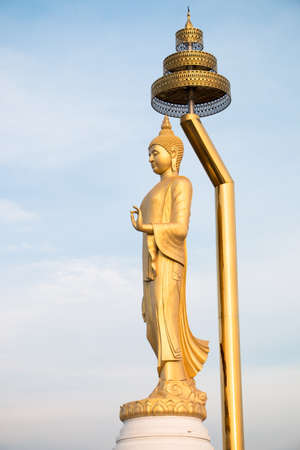 bronz: Thai Buddha statue