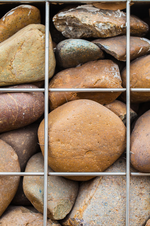 gabion mesh: Stone wall in metallic net