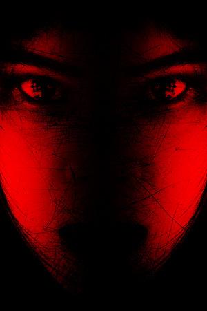 Rouge est effrayant, Portrait de jeune fille effrayant à regarder les caméras, Fond Concept Halloween et projet d'affiche du film