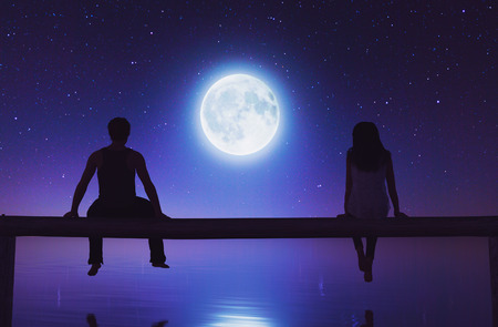 Man and woman sitting on wooden fence against the moonlight,3d rendering Stok Fotoğraf