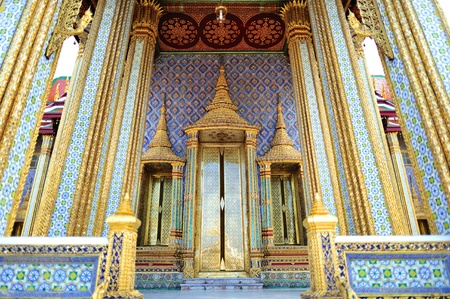 thep: Entrance at the Royal Pantheon (Prasat Phra Thep Bidon) at Temple of the Emerald Buddha, Bangkok, Thailand