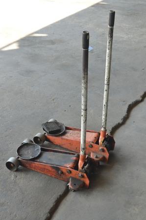 lifting jack: Lifting jack