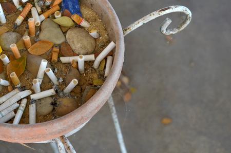 unhealth: ashtray