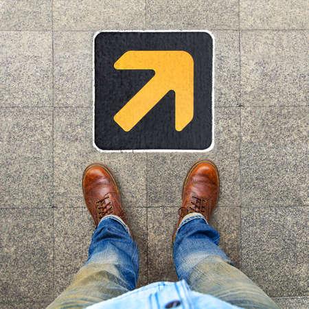freccia destra: Freccia a destra