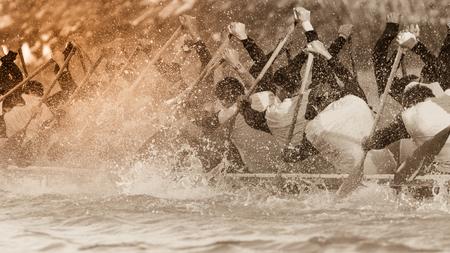ボートのヴィンテージ色のトーンとチーム レースのクローズ アップ