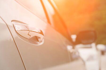 door handle: car door handle.