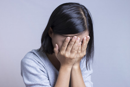 woman sad: Mujer Triste Foto de archivo