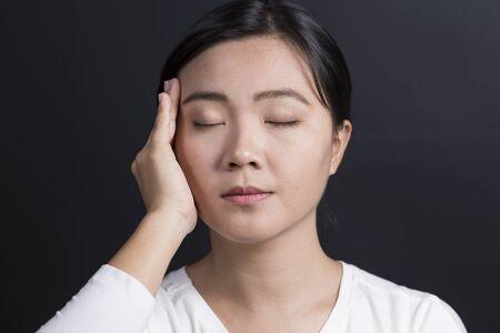 head ache: Woman Has Head Ache