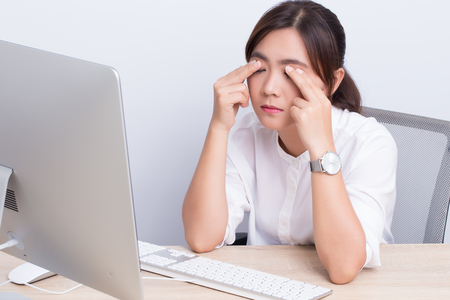 Woman has eye pain from work