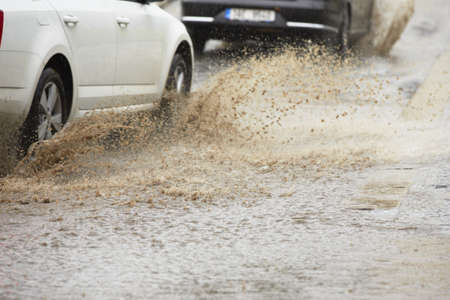 torrential: Traffic in the heavy rain - selective focus
