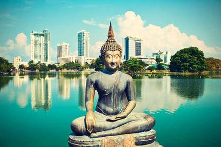 Die Seema Malaka Temple - Gangaramaya in Colombo Standard-Bild - 27635030