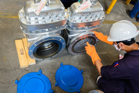 Visual Inspection and Liquid Penetrant Testing on valve