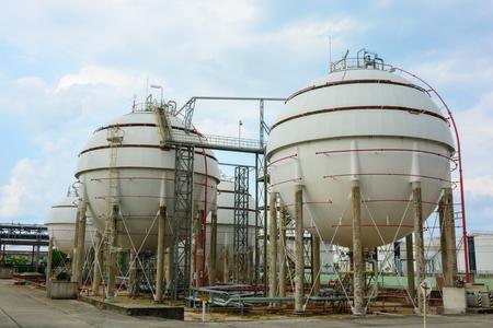 gas ball: Natural Gas Tank