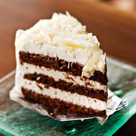 slice cake: Torta al cioccolato bianco Archivio Fotografico
