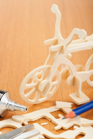 woodcraft: wooden bicycle toy - woodcraft construction kit