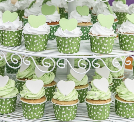 afternoon fancy cake: Wedding cupcakes