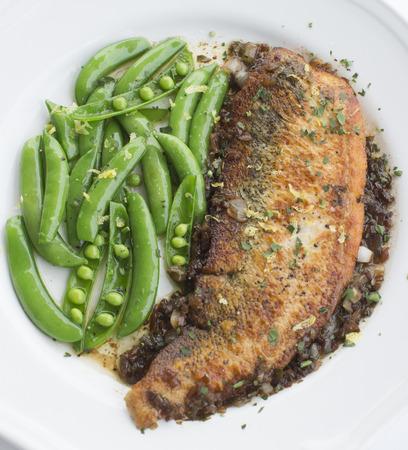 dish fish: Plato de pescado Foto de archivo