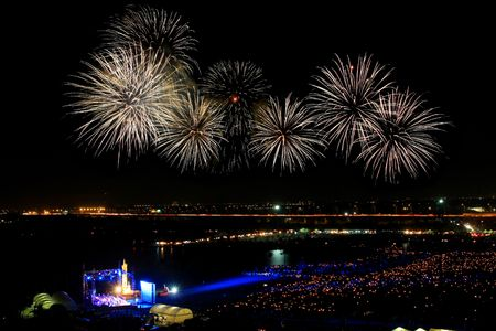Internationaler Feuerwerk-Festival in Bangkok Thailand Standard-Bild - 6716042