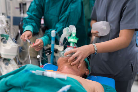 anesthetist: pre oxygenation for general anesthesia