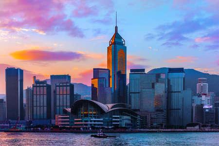 sunrise of Victoria Harbour in Hong Kong Foto de archivo