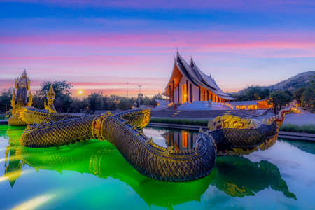 Thammayan Temple is a meditation place for Buddhist people and has a church with a serpent statue in front, Phetchabun, Thailand. Imagens