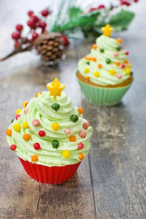 cupcakes: Christmas tree cupcakes and Christmas decoration