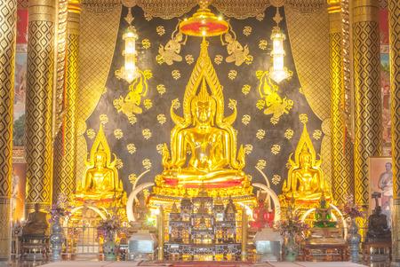 godhead: Buddha statue
