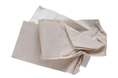 조각 종이 냅킨 브라운, 클리핑 패스와 흰 배경에 고립. 스톡 콘텐츠
