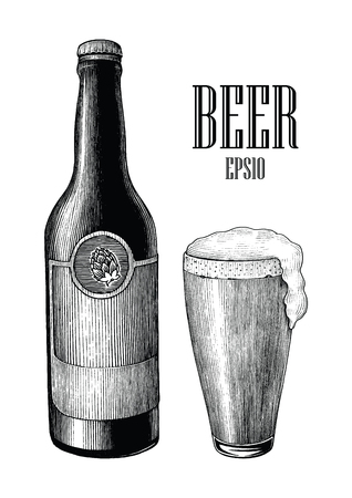 Beer and mug vintage hand draw engraving style isolated on white background Standard-Bild - 116950526