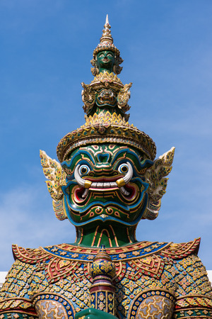 titan: Giant, Titan, Thai sculpture
