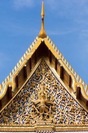 vishnu: Vishnu mounting the Garuda, Thai sculpture