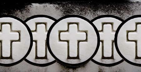 tenet: Multiple Overlapping Crosses