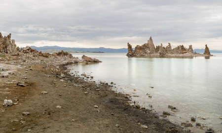 Tufa at Mono Lake, U.S.A Imagens
