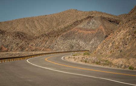American road Imagens - 63805989