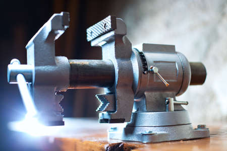 vise: Vise tool on carpenter table