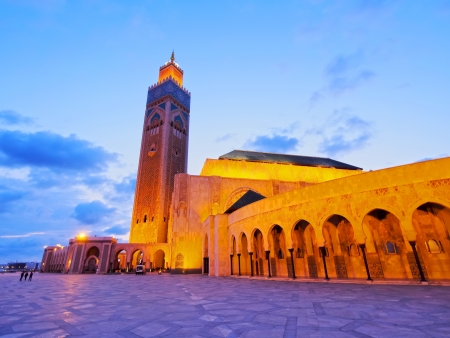 Night view of Hassan II Mosque in Casablanca, Morocco, Africa 版權商用圖片