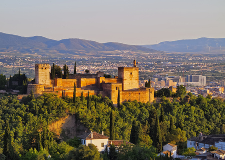 Cityscape of Granada with a view of famous Alhambra - a palace and fortress complex, Andalusia, Spain Stock Photo - 23105270