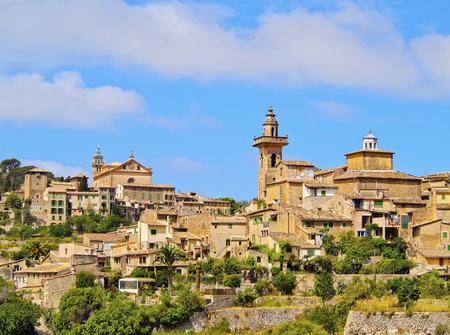 baleares: View of Valldemossa on Mallorca, Balearic Islands, Spain