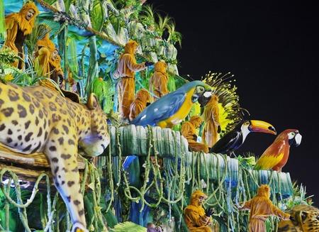 Brasilien, Bundesstaat Rio de Janeiro, der Stadt Rio de Janeiro, Karneval Parade am Sambódromo. Standard-Bild - 63615862