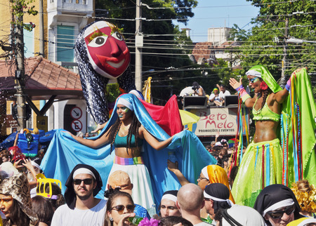 Brésil, État de Rio de Janeiro, la ville de Rio de Janeiro, Santa Teresa, traditionnel Carnaval Parade Bloco das Carmelitas. Éditoriale