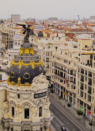 elevated: Spain, Madrid, Elevated view of the Metropolis Building.  Stock Photo