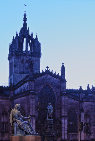 giles: UK, Scotland, Lothian, Edinburgh, Twilight view of the St Giles Cathedral.
