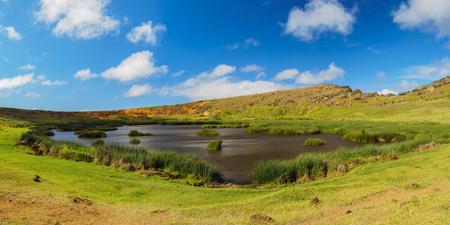 rapanui: Lake in the crater of the Rano Raraku Volcano, Rapa Nui National Park, Easter Island, Chile Foto de archivo