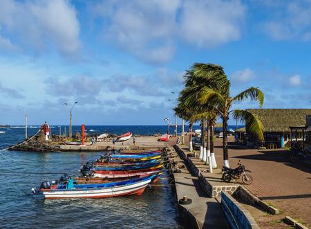 rapanui: Fishermen Port in Hanga Roa, Easter Island, Chile